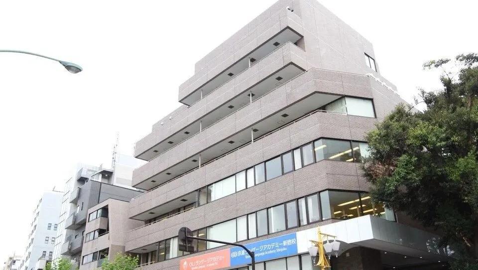 这些日本语言学校真的是尖子生的天堂,名额都靠抢